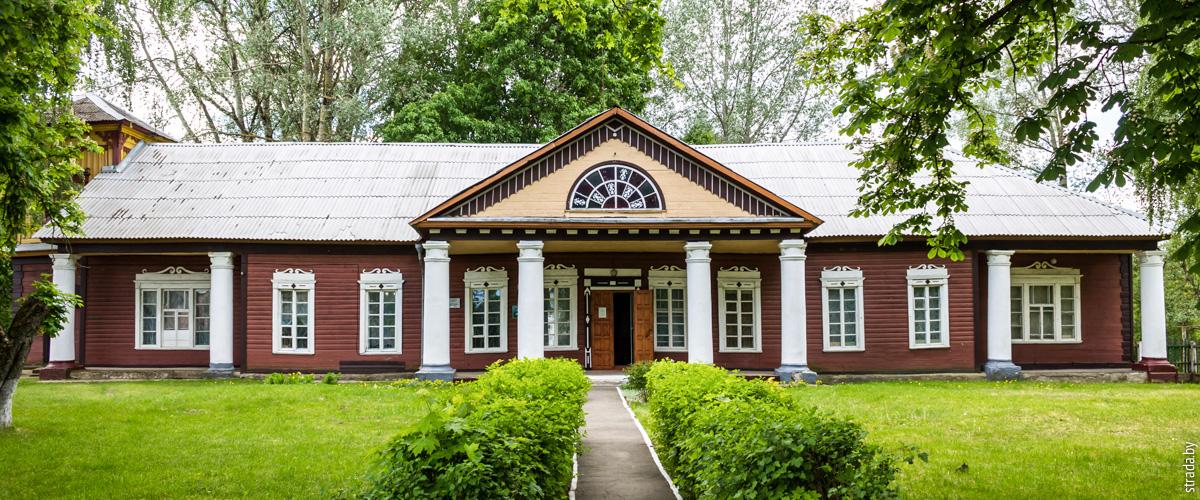 Блонь: усадьба Бонч-Осмоловских иТроицкая церковь