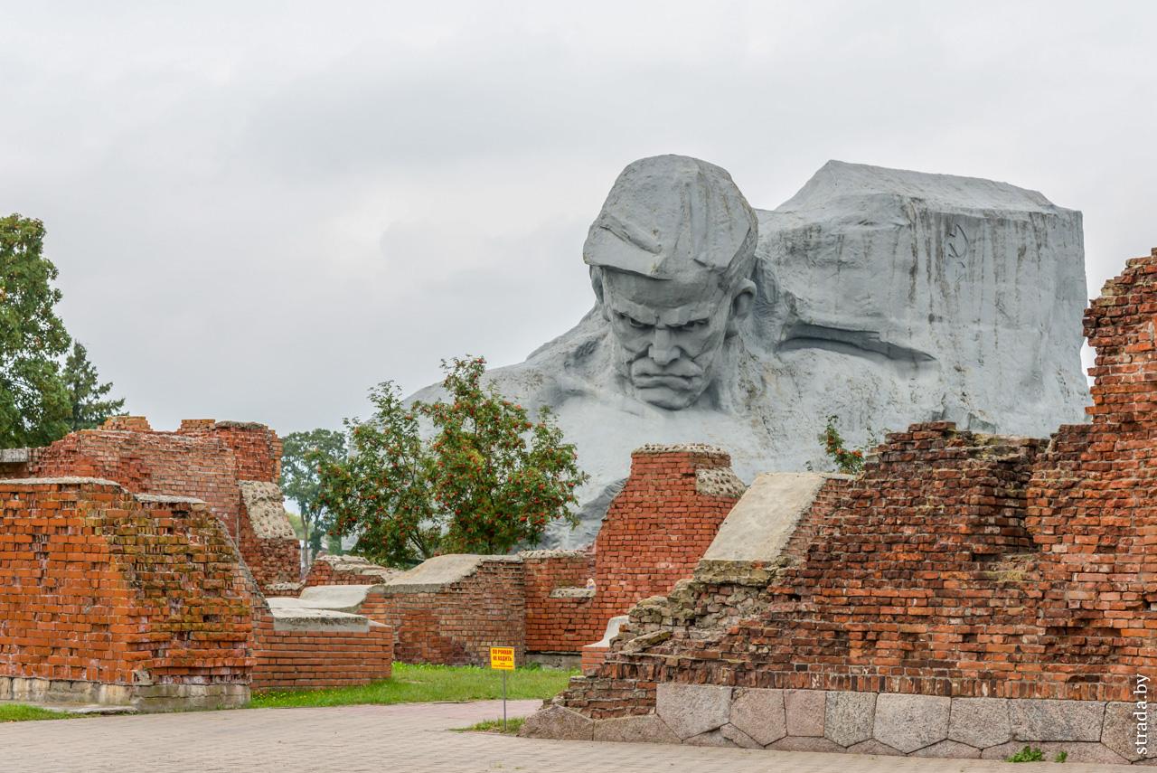 Главный монумент, Брест, Брестский район, Брестская область