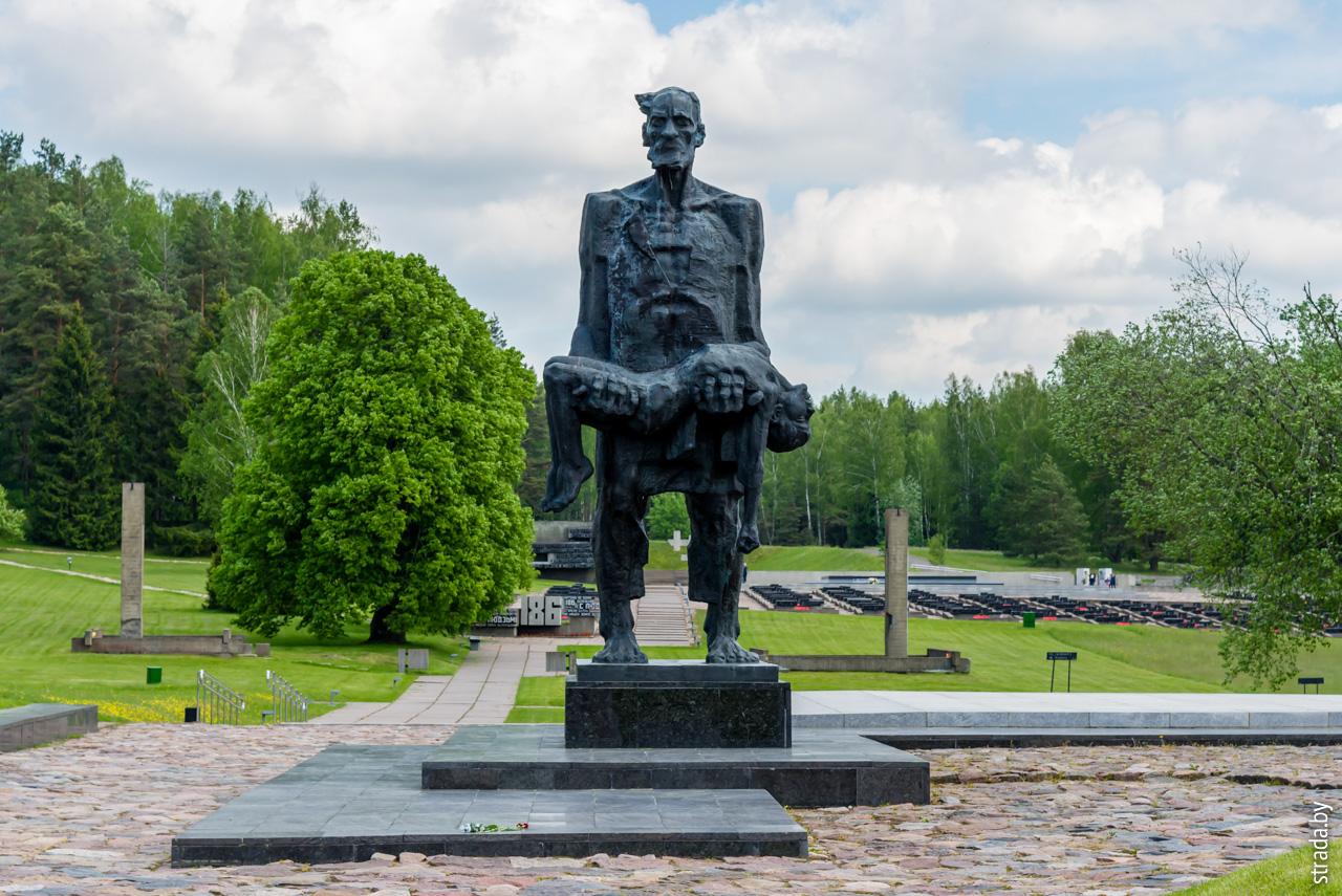 скульптура «Непокоренный», Хатынь, Логойский район, Минская область