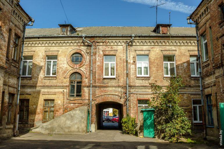 Здание «Порт-Артур»