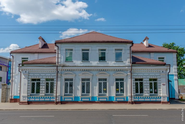 Библиотека им. А. С. Пушкина