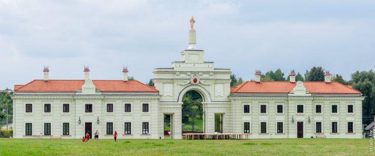 Дворцовый комплекс Сапегов в Ружанах