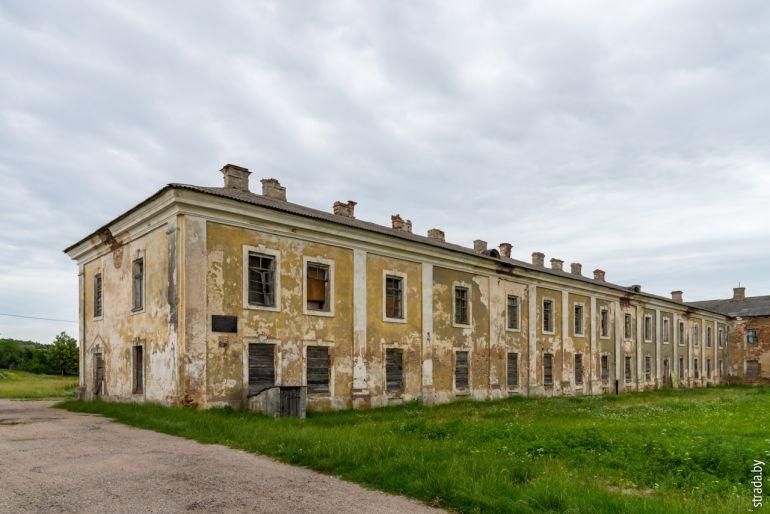 жилой корпус монастыря базилиан